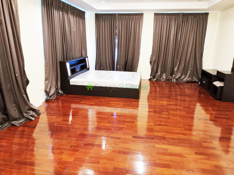 Srinakarin, Bangkok, Thailand, 4 Bedrooms Bedrooms, ,5 BathroomsBathrooms,House,For Sale,6686
