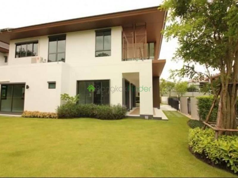 Pattanakarn, Bangkok, Thailand, 5 Bedrooms Bedrooms, ,5 BathroomsBathrooms,House,For Sale,6726