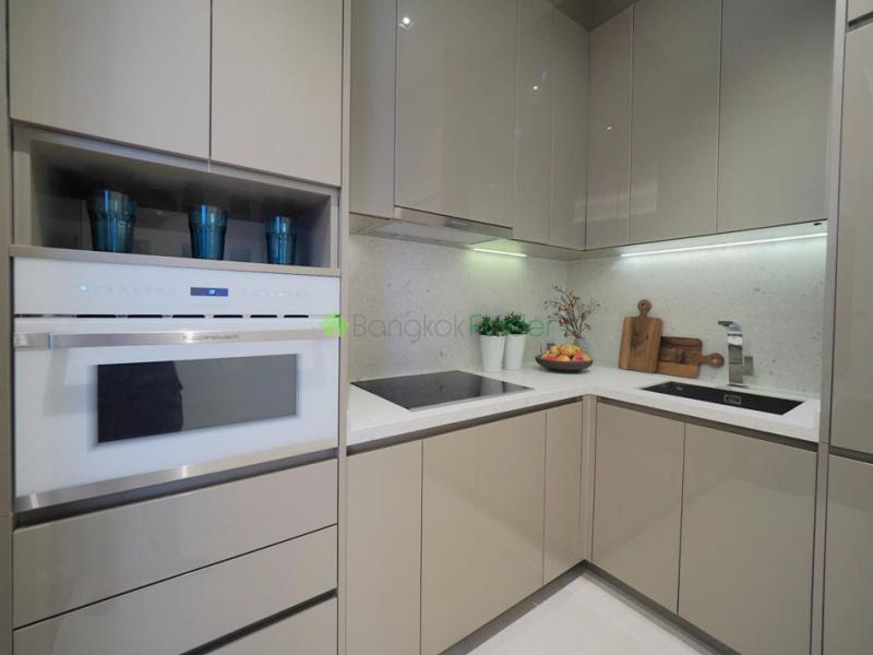 Sukhumvit Soi 39, Phrom Phong, Thailand, 2 Bedrooms Bedrooms, ,2 BathroomsBathrooms,Condo,For Rent,The Diplomat 39,6728