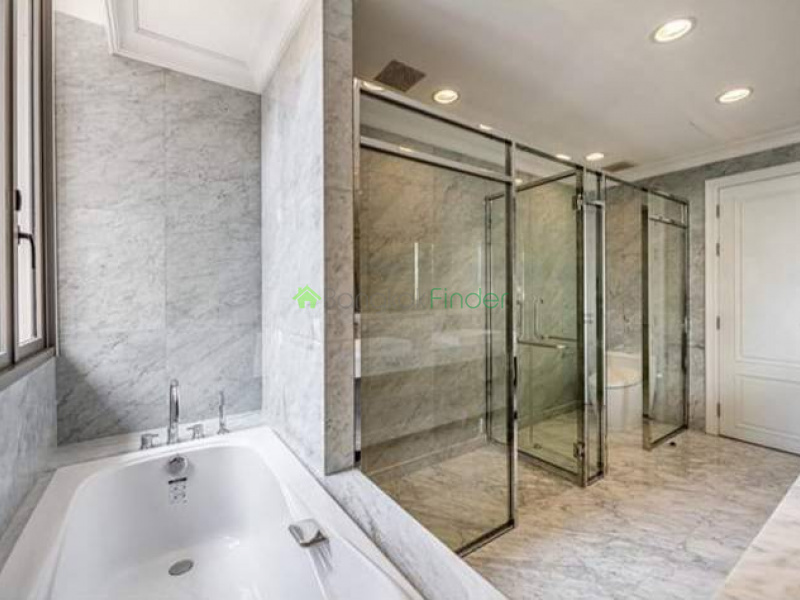 Thonglor, Bangkok, Thailand, 4 Bedrooms Bedrooms, ,4 BathroomsBathrooms,House,For Sale,6737