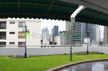 Phromphong, Bangkok, Thailand, 3 Bedrooms Bedrooms, ,3 BathroomsBathrooms,Apartment,For Rent,Baan Sawadee Apartment,6740
