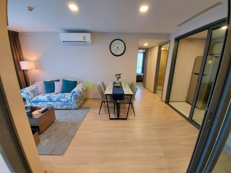 Ekamai, Bangkok, Thailand, 2 Bedrooms Bedrooms, ,2 BathroomsBathrooms,Condo,For Sale,Taka Haus,6745