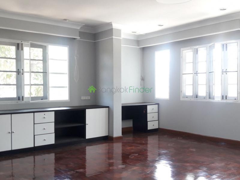 30 Pattanakarn, Pattanakarn, Bangkok, Thailand, 3 Bedrooms Bedrooms, ,3 BathroomsBathrooms,House,For Rent,Pattanakarn,6755