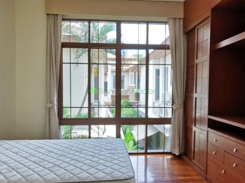 Sukhumvit-Phra Kanong, Phra Khanong, Bangkok, Thailand, 4 Bedrooms Bedrooms, ,5 BathroomsBathrooms,House,For Rent,Sukhumvit-Phra Kanong,6779