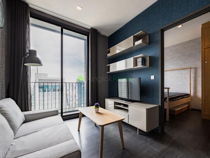 Sukhumvit, Bangkok, Thailand, 1 Bedroom Bedrooms, ,1 BathroomBathrooms,Condo,For Rent,Edge Sukhumvit 23,6785