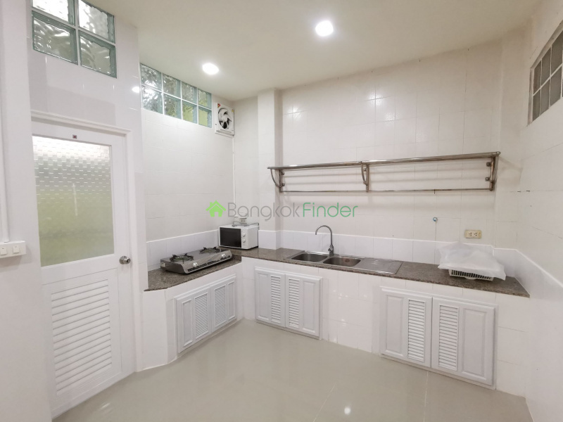Rama3, Bangkok, Thailand, 3 Bedrooms Bedrooms, ,4 BathroomsBathrooms,House,For Rent,6792