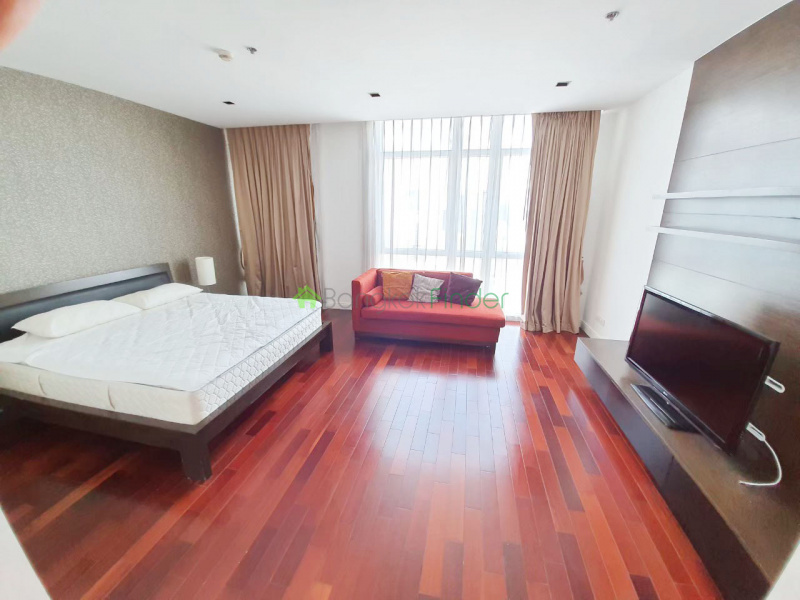 Ploenchit, Bangkok, Thailand, 3 Bedrooms Bedrooms, ,3 BathroomsBathrooms,Condo,For Rent,Athenee Residence,6830