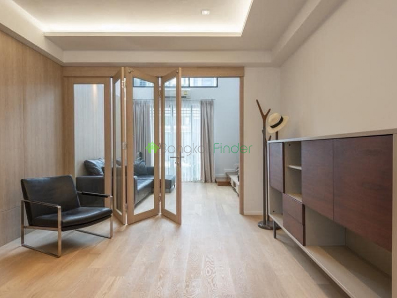 Onnut, Bangkok, Thailand, 3 Bedrooms Bedrooms, ,4 BathroomsBathrooms,Town House,For Rent,6862