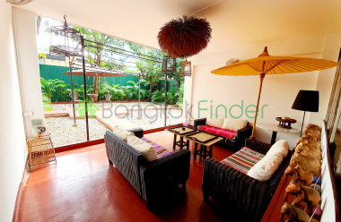 Nana, Bangkok, Thailand, 3 Bedrooms Bedrooms, ,3 BathroomsBathrooms,House,For Rent,6876
