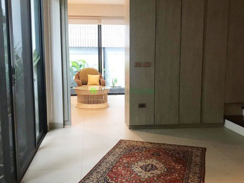 Phromphong, Bangkok, Thailand, 3 Bedrooms Bedrooms, ,3 BathroomsBathrooms,Town House,For Rent,6910