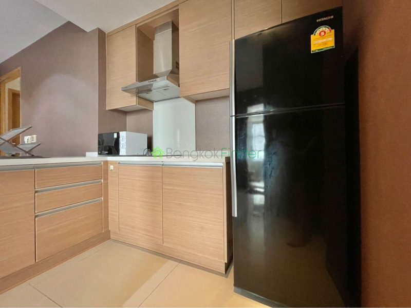 Sukhumvit, Bangkok, Thailand, 1 Bedroom Bedrooms, ,1 BathroomBathrooms,Condo,For Rent,The Emporio,6912