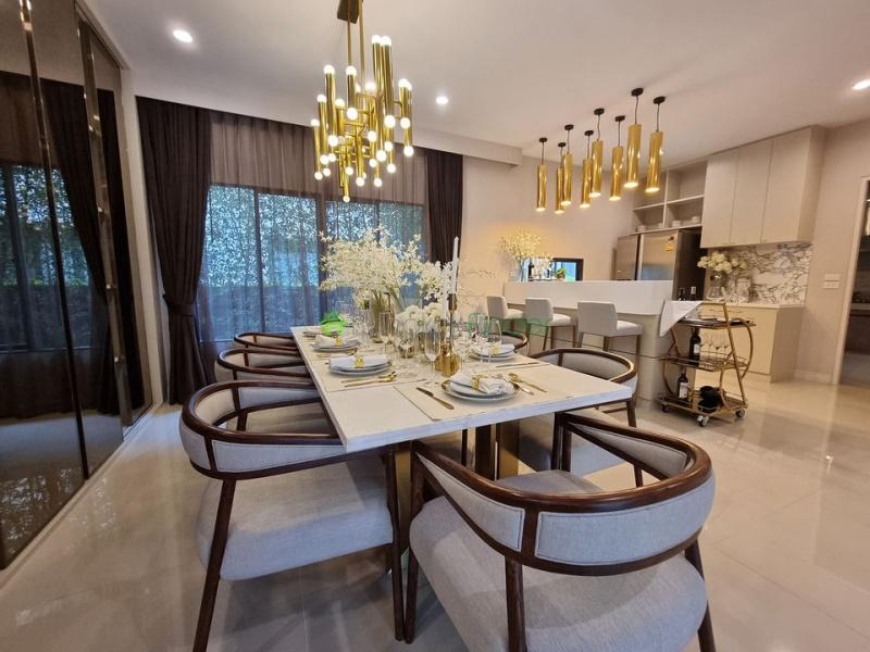 Pattanakarn, Bangkok, Thailand, 4 Bedrooms Bedrooms, ,5 BathroomsBathrooms,House,For Rent,6920