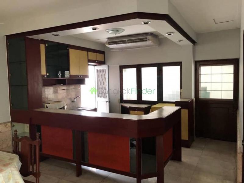 Bangchak, Bangkok, Thailand, 6 Bedrooms Bedrooms, ,5 BathroomsBathrooms,House,For Rent,6921