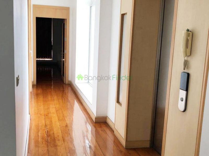 Bangchak, Bangkok, Thailand, 6 Bedrooms Bedrooms, ,6 BathroomsBathrooms,House,For Rent,6926