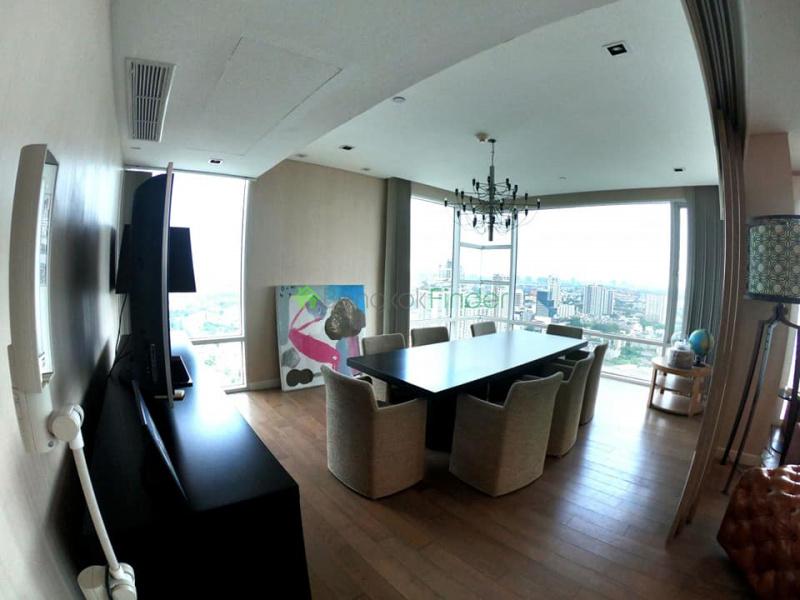 Ekamai, Bangkok, Thailand, 4 Bedrooms Bedrooms, ,5 BathroomsBathrooms,Condo,For Sale,Fullerton,7006