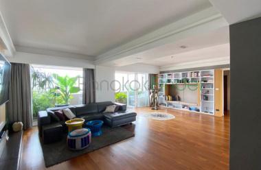 Ekamai, Bangkok, Thailand, 4 Bedrooms Bedrooms, ,5 BathroomsBathrooms,Condo,For Rent,Phatsana Garden,7081