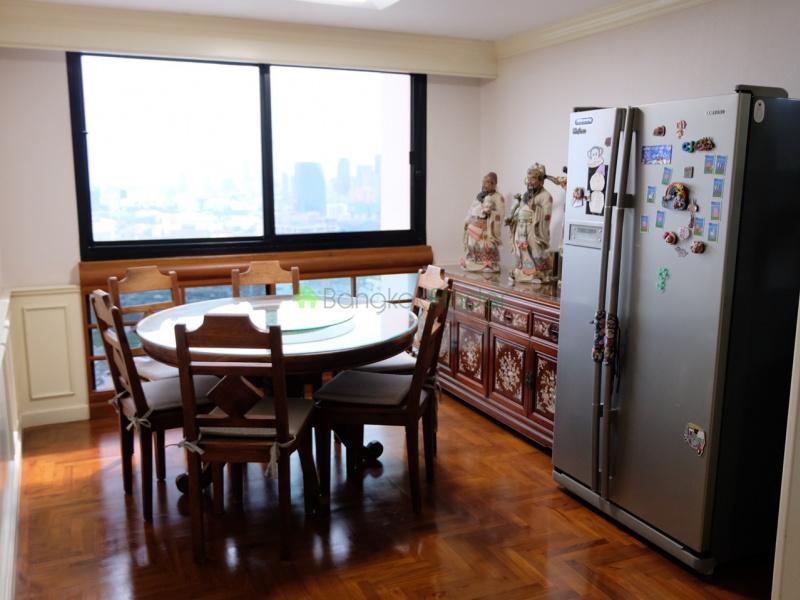 Phromphong, Bangkok, Thailand, 3 Bedrooms Bedrooms, ,3 BathroomsBathrooms,Condo,For Sale,President Park,7107